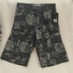 Other - Men's NWT Enyce Cargo Shorts