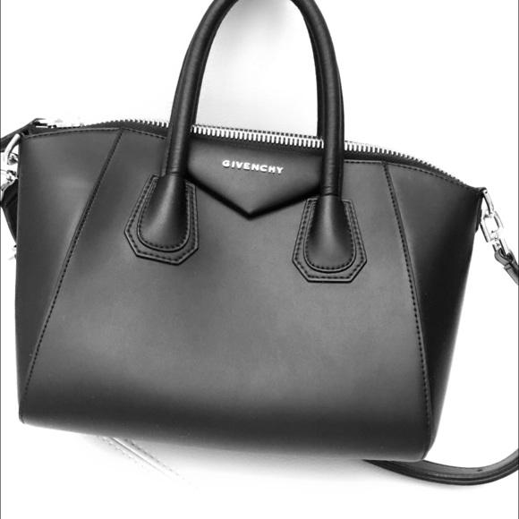 799a7ee382c Givenchy Handbags - Givenchy Antigona Small, great condition