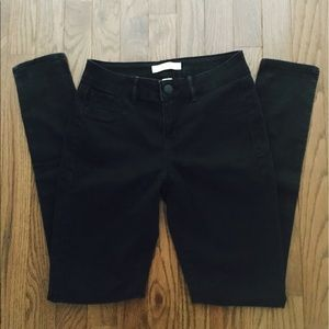 Black Skinny Refuge Jeans