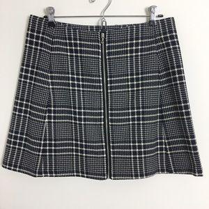 Zara Dresses & Skirts - ZARA Plaid Zip Front A-Line Skirt Sz L