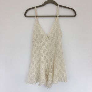 LOVELY VINTAGE SHEER LACE ROMPER鹿