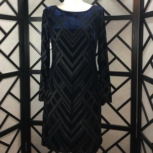 Vince Camuto Dresses & Skirts - Vince Camuto Black Blue Dress Look! LBD New