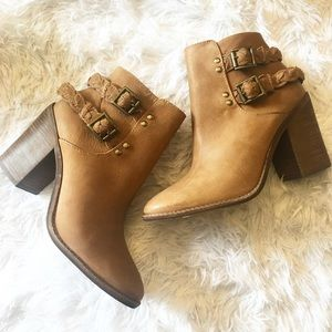 New Steve Madden Braided Strap Ankle Booties