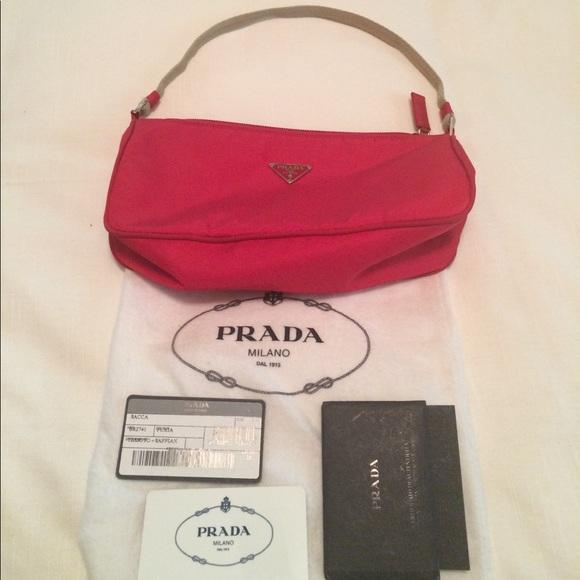 439dc1ad309c Authentic Prada red handbag! Tessuto+Saffian. M 58ffc9e73c6f9fd2fd01ec20