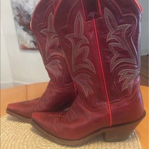 Justin Boots Shoes - Red Justin cowboy boots 🤠