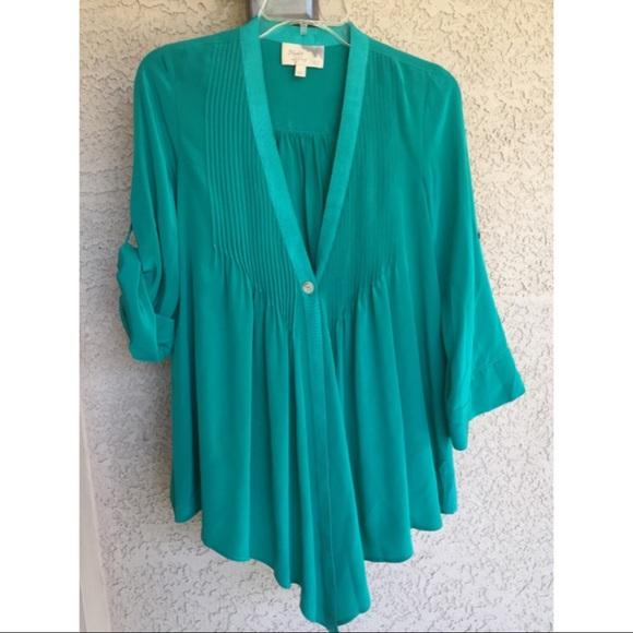 620351410c92b Elizabeth and James Tops - Elizabeth   James jade green Tokyo Blouse silk xs