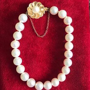 Jewelry - 14K Yellow Gold Antique Akoya pearls Bracelet