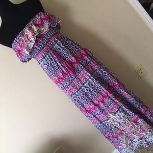 Dresses & Skirts - Multicolor Maxi Dress Sz M