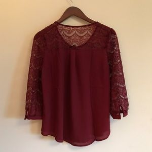 Buckle Top Large NWT