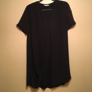 Stella Luce Dresses & Skirts - Black L Stella Luce tshirt swing dress.