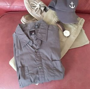jf j.ferrar Other - Button Down Short Sleeve Shirt