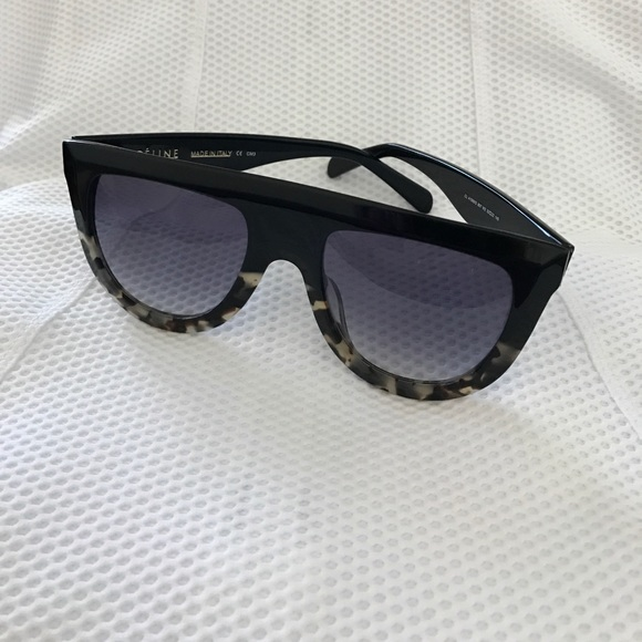 fda447bc10a9 Celine Andrea Sunglasses in Grey Tortoise CL41398