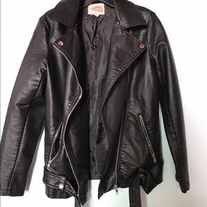 XS faux leather jacket