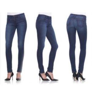 Joe's Jeans The Skinny Jeans, size 32