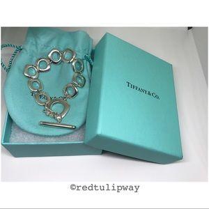 🌹SOLD🌹Auth Tiffany & Co. Cushion Toggle Bracelet