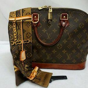 Louis Vuitton Handbags - Authentic Louise Vuitton Alma PM