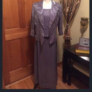 Alex Evenings Dresses & Skirts - LOVELY ALEX EVENINGS light purple mother of bride