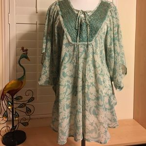Blu Pepper Tops - Mint and Cream Vintage Top