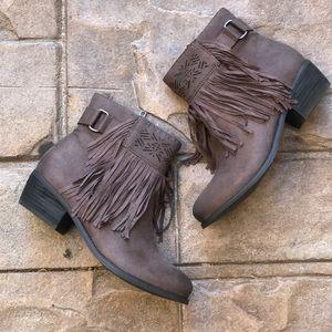 naughty monkey Shoes - Fringe Boho Chic Ankle Booties