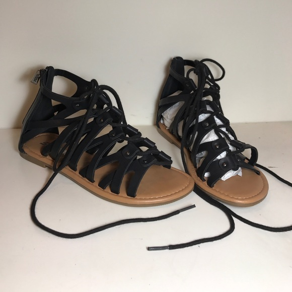 8c5249e0f62a Black lace up sandals. NWT. Soda