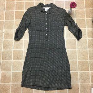 Size Small Black & White Max Studio Shirtdress