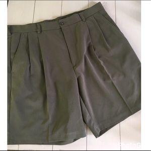 Izod Other - Men's IZOD Pleated Shorts