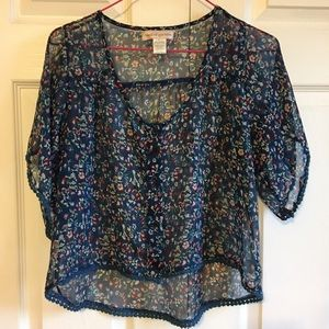 Band of Gypsies Tops - Floral High-Low Top