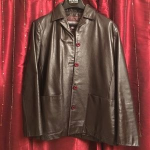 Medium Rich Dark Brown button up leather jacket