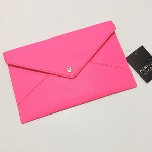 Danielle Nicole Handbags - NWT -- Danielle Nicole pink envelope clutch