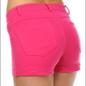 LV Designs Pants - NWT Fitted Shorts Low-rise Color: PINK