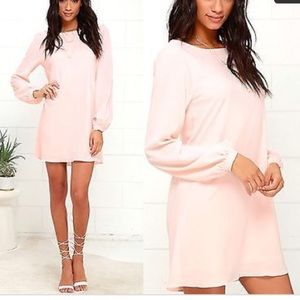 lulus Dresses & Skirts - Light pink lulus dress