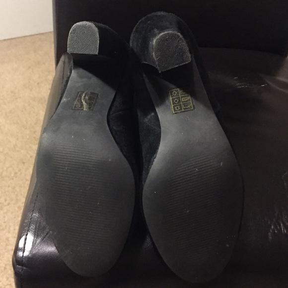 Fix Scuffed Black Suede Shoes