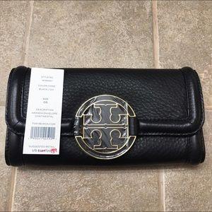 Tory Burch Handbags - TORY BURCH AMANDA CONTINENTAL FLAP WALLET