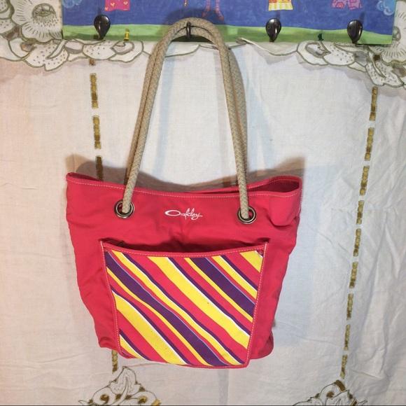 b6c5a83f78fb Oakley beach bag. M 59001fff4127d06aa0007763