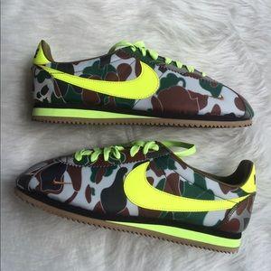 Nike Other - NIKE iD MENS CORTEZ REFLECTIVE SHOES CUSTOM SZ 10