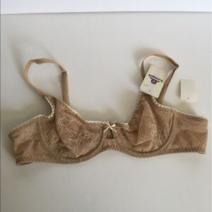 Victoria's Secret Other - Sexy Nude Bra!