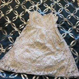 Vanity Dresses & Skirts - Lace Vanity dress dice medium