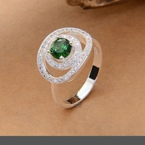 Baby CZ Jewelry - NWT EMERALD AND CZ RING 925 SILVER SIZE 7
