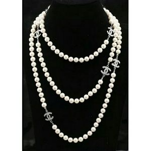 chanel Jewelry - Long pearl necklace