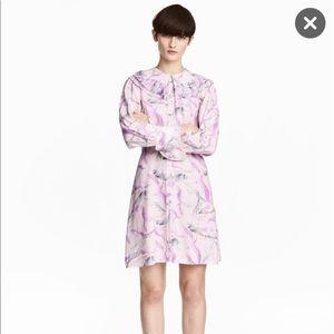 H&M Dresses & Skirts - Bird pattern long sleeve dress