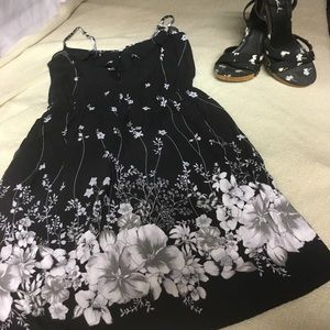 Xhilaration Dresses & Skirts - Black Sundress w/White & Grey Floral Design