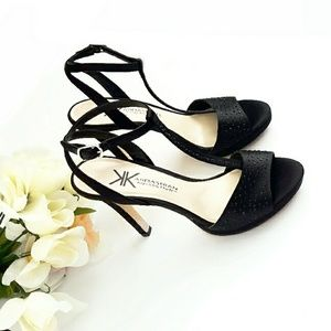 Kardashian Kollection Shoes - NWOT Kardasian Kollection Satin Studded T Strap