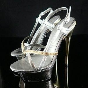 Adrienne Maloof Metallic Heels 6M - New