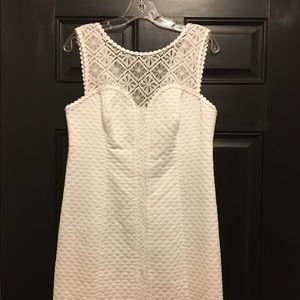 Lilly Pulitzer white dress size 8. Never worn.