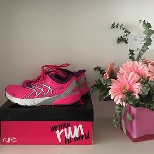Brand new Ryka Nalu running shoes