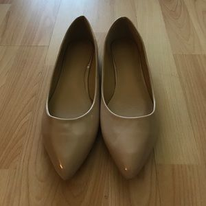 Ollio Shoes - New Ollio beige nude patent pointy toe flats 10