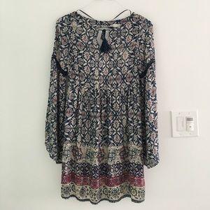 Pull&Bear Dresses & Skirts - Boho bell sleeve dress