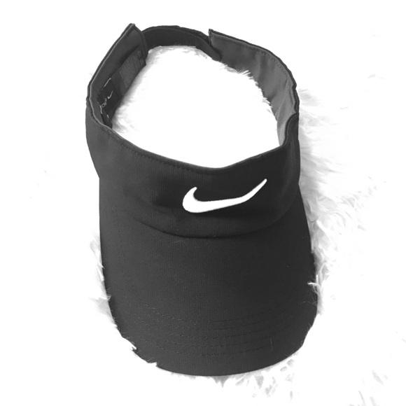 NIKE GOLF visor. M 5900b7066d64bc15d001ac66 2addfd21f8b