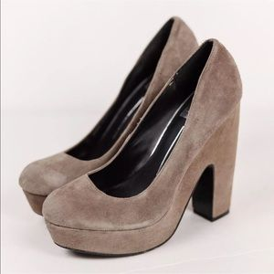 Dolce Vita Suede Taupe Tan Chunky Heels Pumps