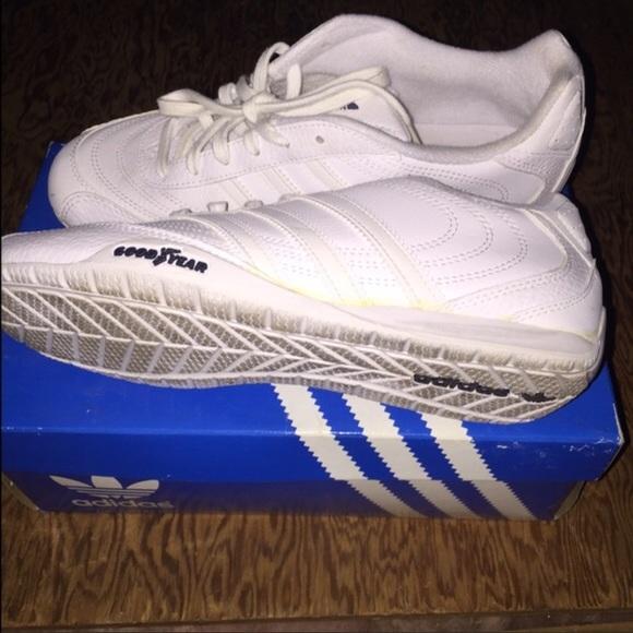Adidas Goodyear Street White Size 7